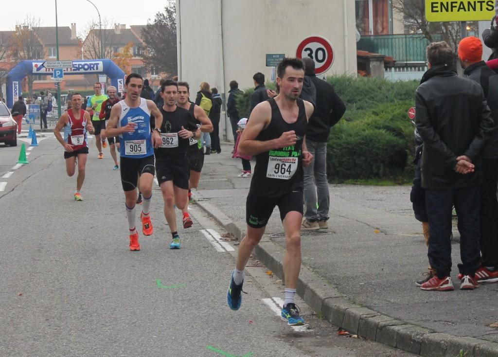 27 novembre 2016 10 Kms de Tournon  (1)red