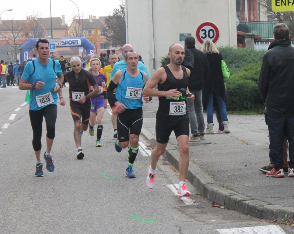 27 novembre 2016 10 Kms de Tournon  (16)red